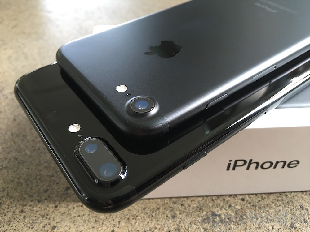 Back in black: iPhone 7 and iPhone 7 Plus New Black or Jet Black
